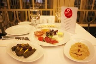mekan.com Yemek Kulübü İftar Etkinliğiyle Deraliye Restaurant'daydı