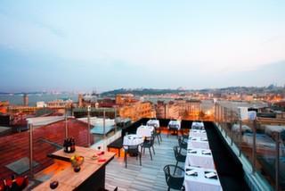 Yaz Geceleri İçin İstanbul'daki En İyi Barlar