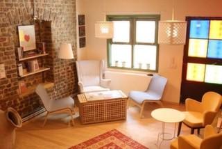 Gülnar Hajo'dan Pages Bookstore Cafe