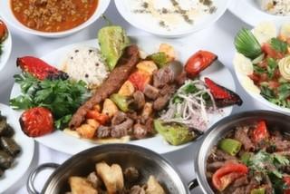 Ataköy Marina'da Yemek Yenilebilecek Mekanlar