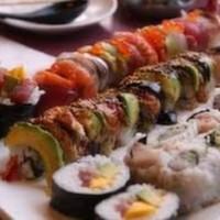 Unagi (2), Sake (2), Hokkigo (2), Avacado Maki (6)