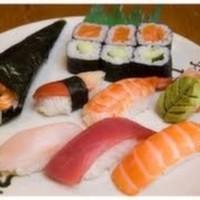 California Roll (3), Futomaki (3), Kappamaki (3), Sake Maki (3)