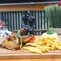 Izgara tavuk but,Haşlanmış mevsim sebzeleri,Patates Kızartması