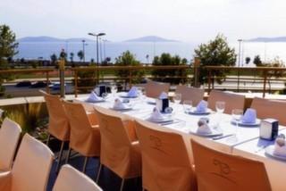 Pinhan Cafe & Restaurant