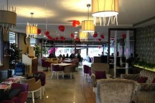 Double U Cafe&Restaurant