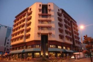 Tilmen Hotel