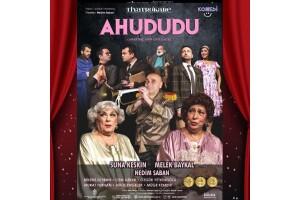 Efsane Bir Kadronun Sahnelediği 'Ahududu' Tiyatro Oyunu Bileti