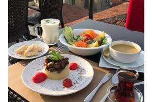 Süleymaniye Yeditepe Teras Restaurant'ta Öğle Yemeği