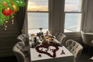 İnci Bosphorus'un Eşsiz Manzarasında Yılbaşına Özel Akşam Yemeği